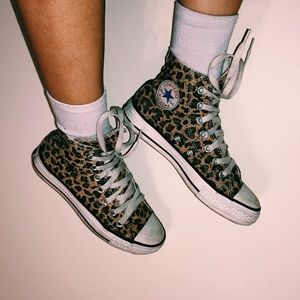 leopard print converse chuck taylor high tops